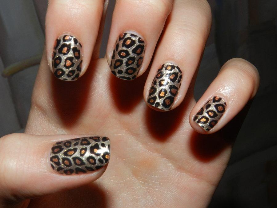 leopardo-animal-print-unas