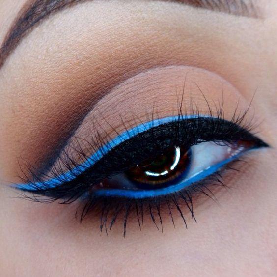 delineados-de-colores-azul-y-negro