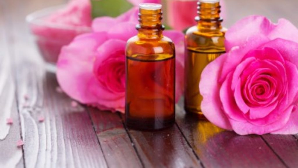aceite-esencial-rosa-1280x720